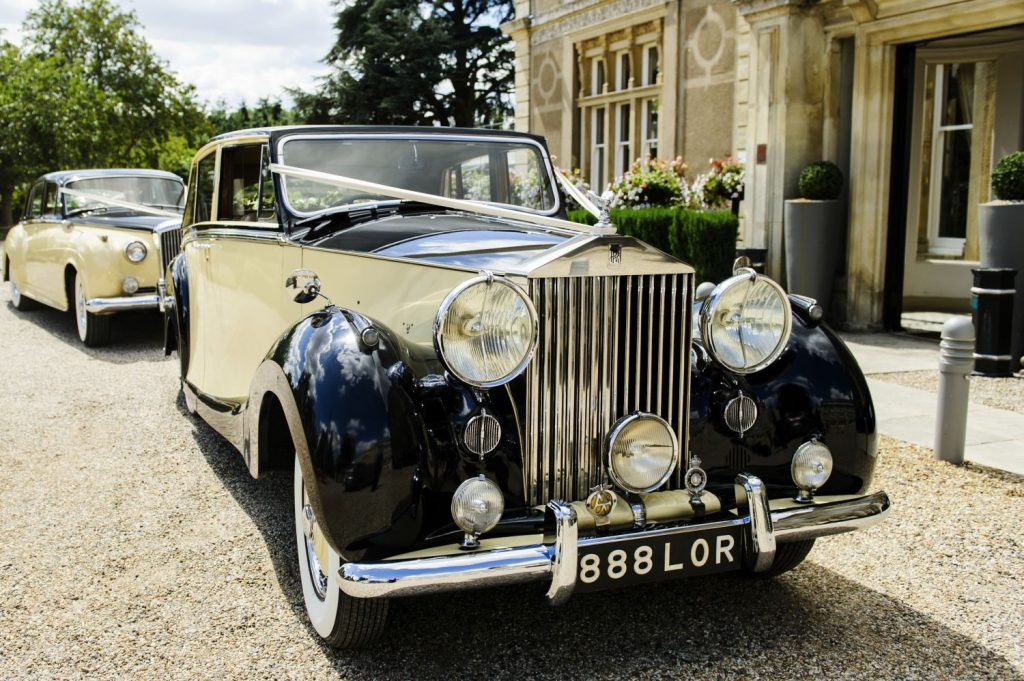 Geraldo Prince Wedding Car Hire Vintage Car Hire Lord Cars